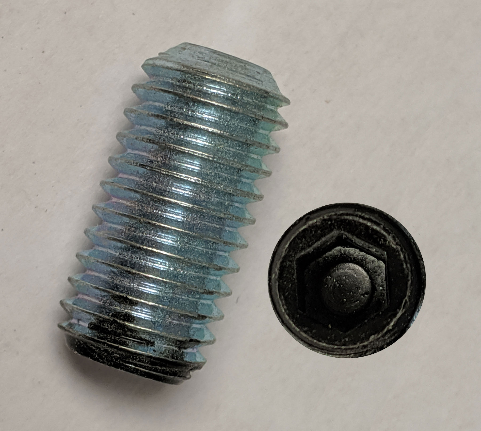 Image of black weight screw